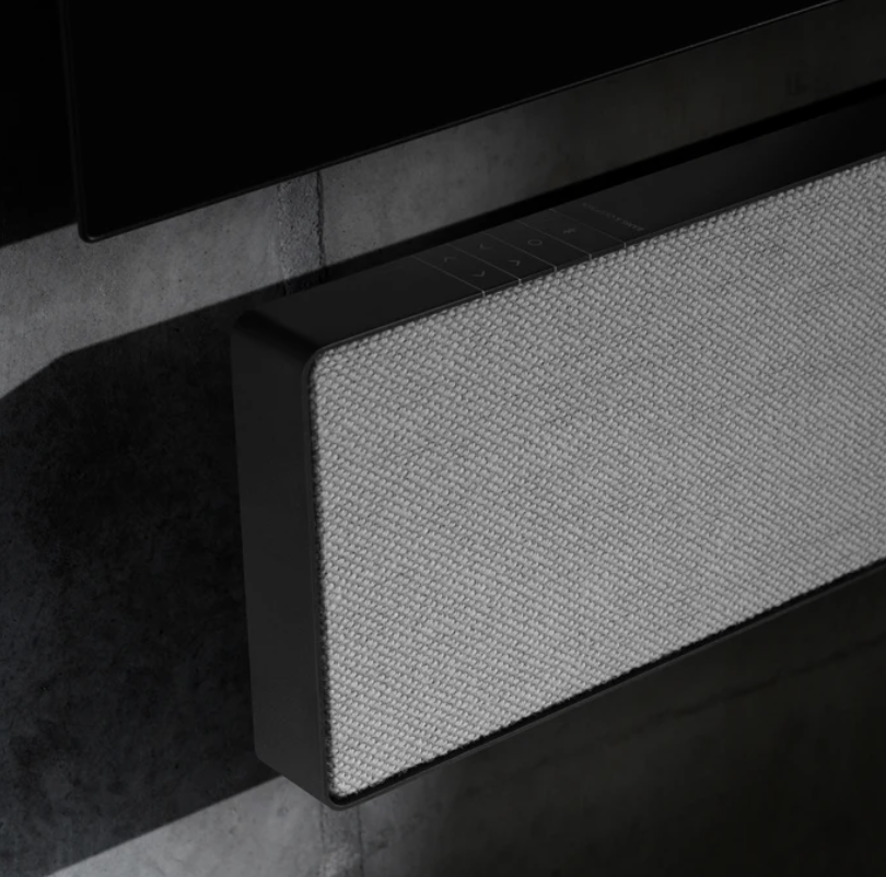 LG OLED48C16 + BeoSound Stage Combipack vaste vloerstandaard-6