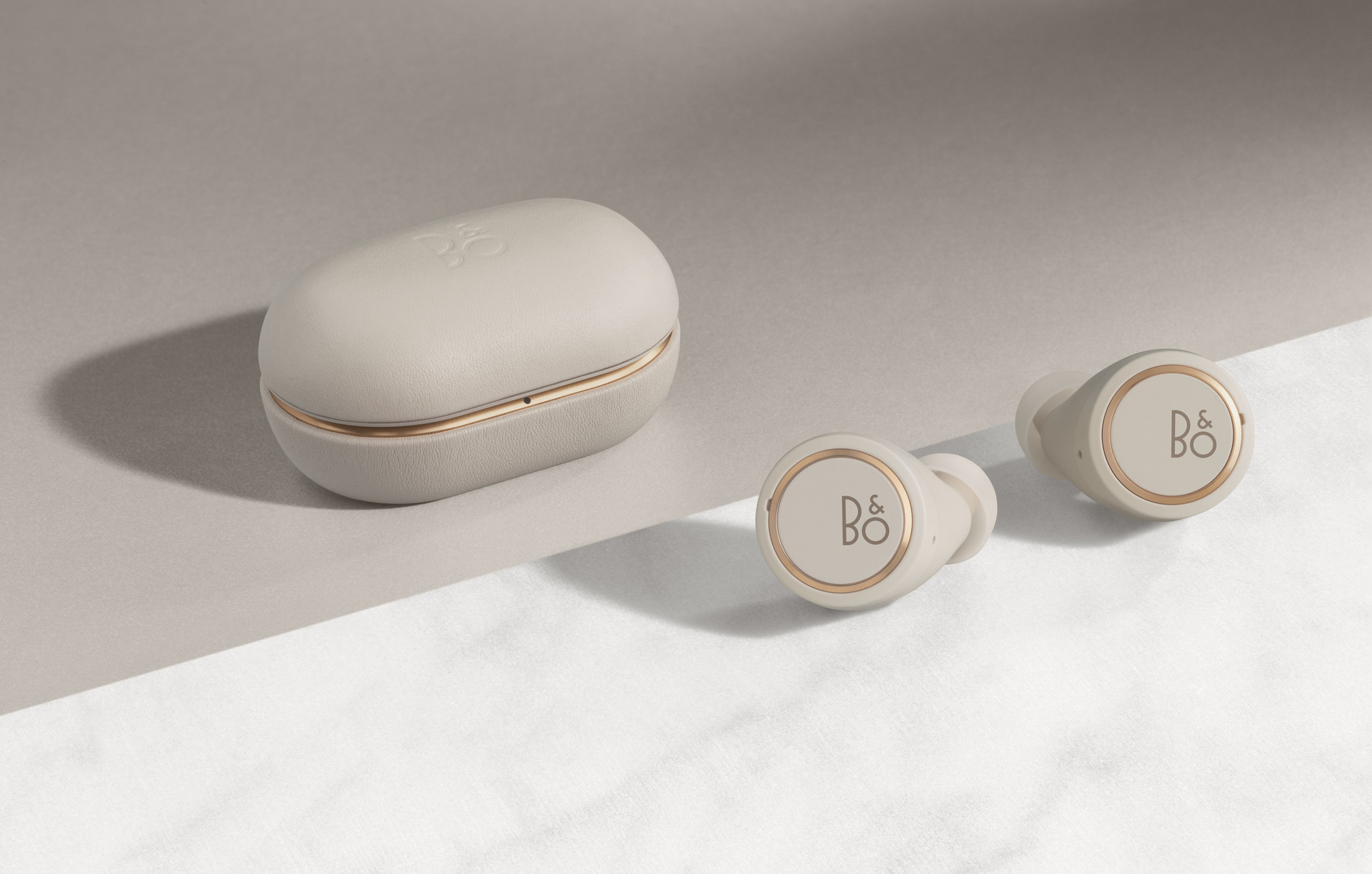 BeoPlay E8 3rd generation-10