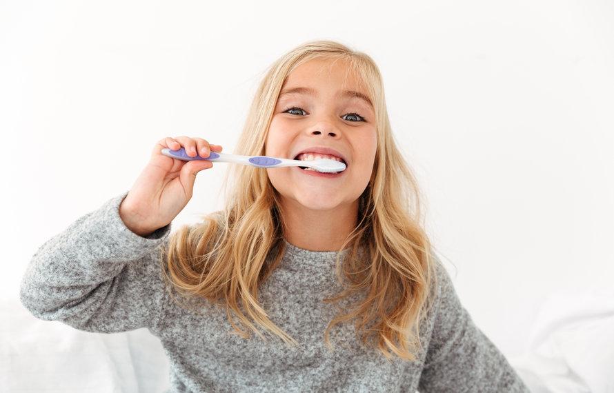 12 tips hoe je tandenpoetsen voor je peuter een feestje maakt