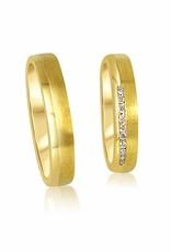 18kt geel goud trouwringen met mat en glanzend afwerking met 0.08 ct diamanten