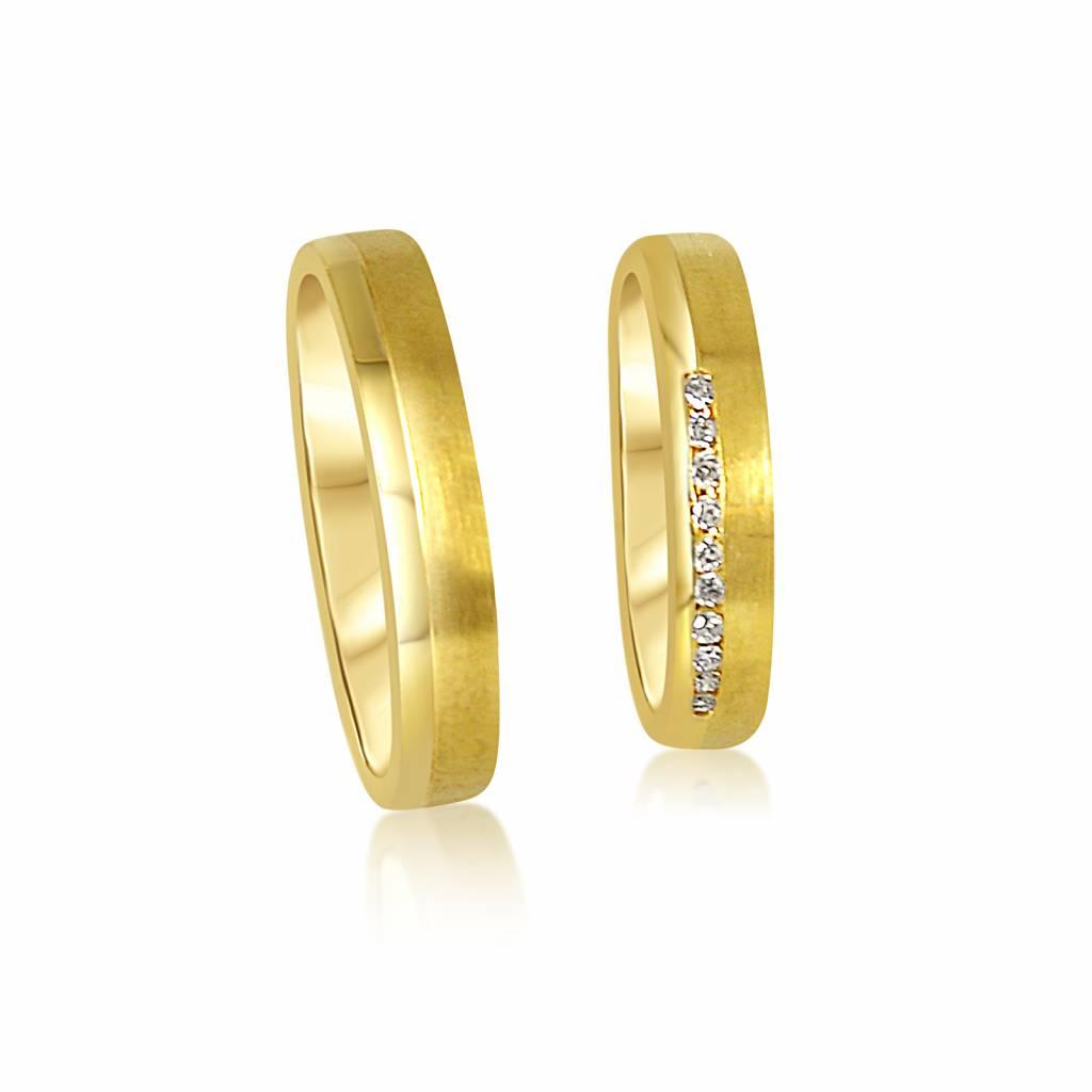 18 karaat geel goud trouwringen met mat en glanzend afwerking met 0.08 ct diamanten