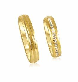 18 karat yellow gold wedding rings with matt and shiny finish with 0.13 ct diamonds