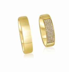 18 karat yellow gold wedding rings with shiny finish with 0.17 ct diamonds