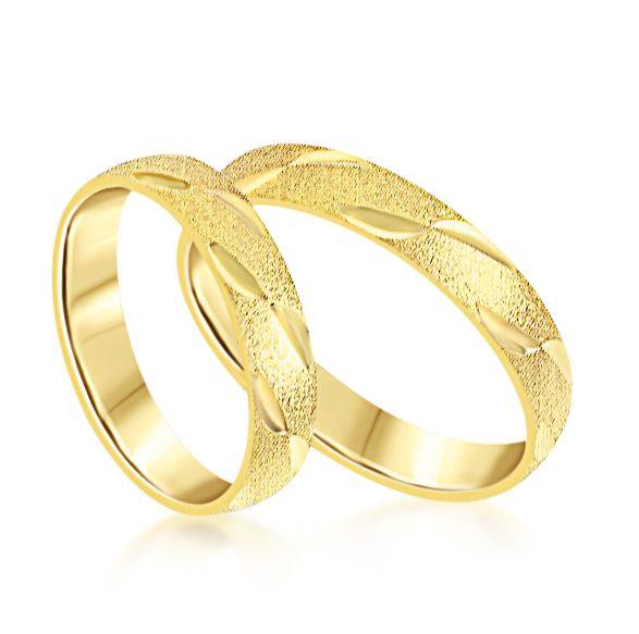 18 karat yellow gold wedding rings with matt and shiny finish