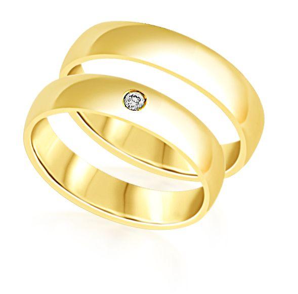 18 karaat geel goud trouwringen met glanzend  afwerking met 0.05 ct diamant