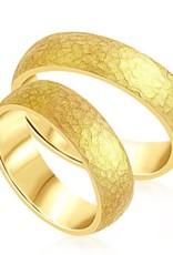 18 karaat geel goud trouwringen met mat afwerking