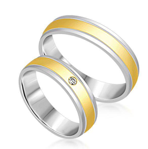 18 karaat wit en geel goud trouwringen met mat en glazend afwerking met 0.03 ct diamant