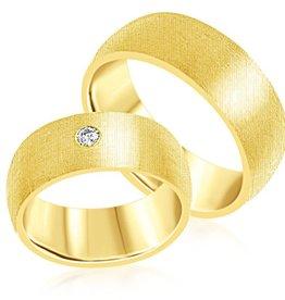 18 karaat geel goud trouwringen met mat afwerking met 0.08 ct diamant