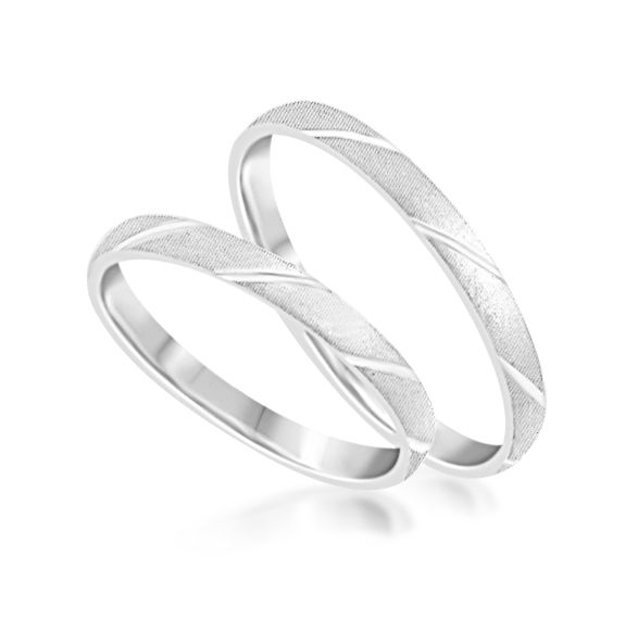 18 karat white gold wedding rings with matt and shiny finish