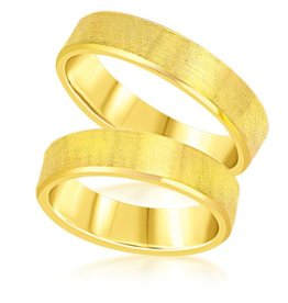 18 karat yellow gold wedding rings with matt finish