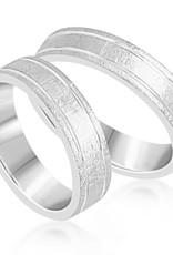 18 karat white gold wedding rings with matt and shiny finish