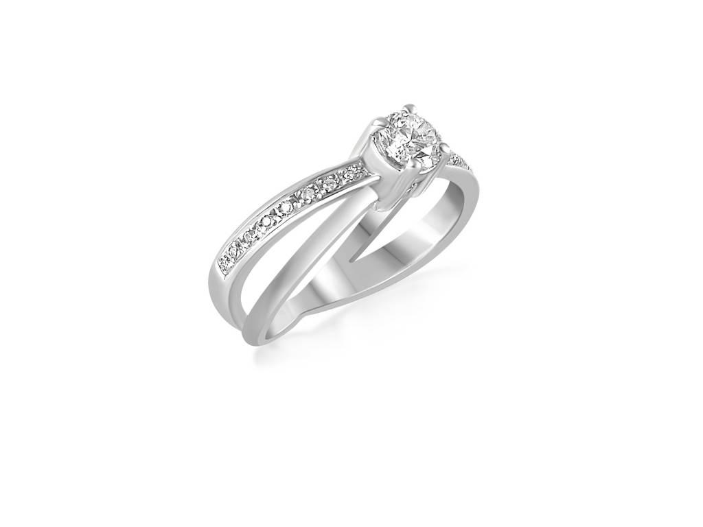 18 karaat wit goud verlovingsring met 0.46 ct +0.05 ct diamanten