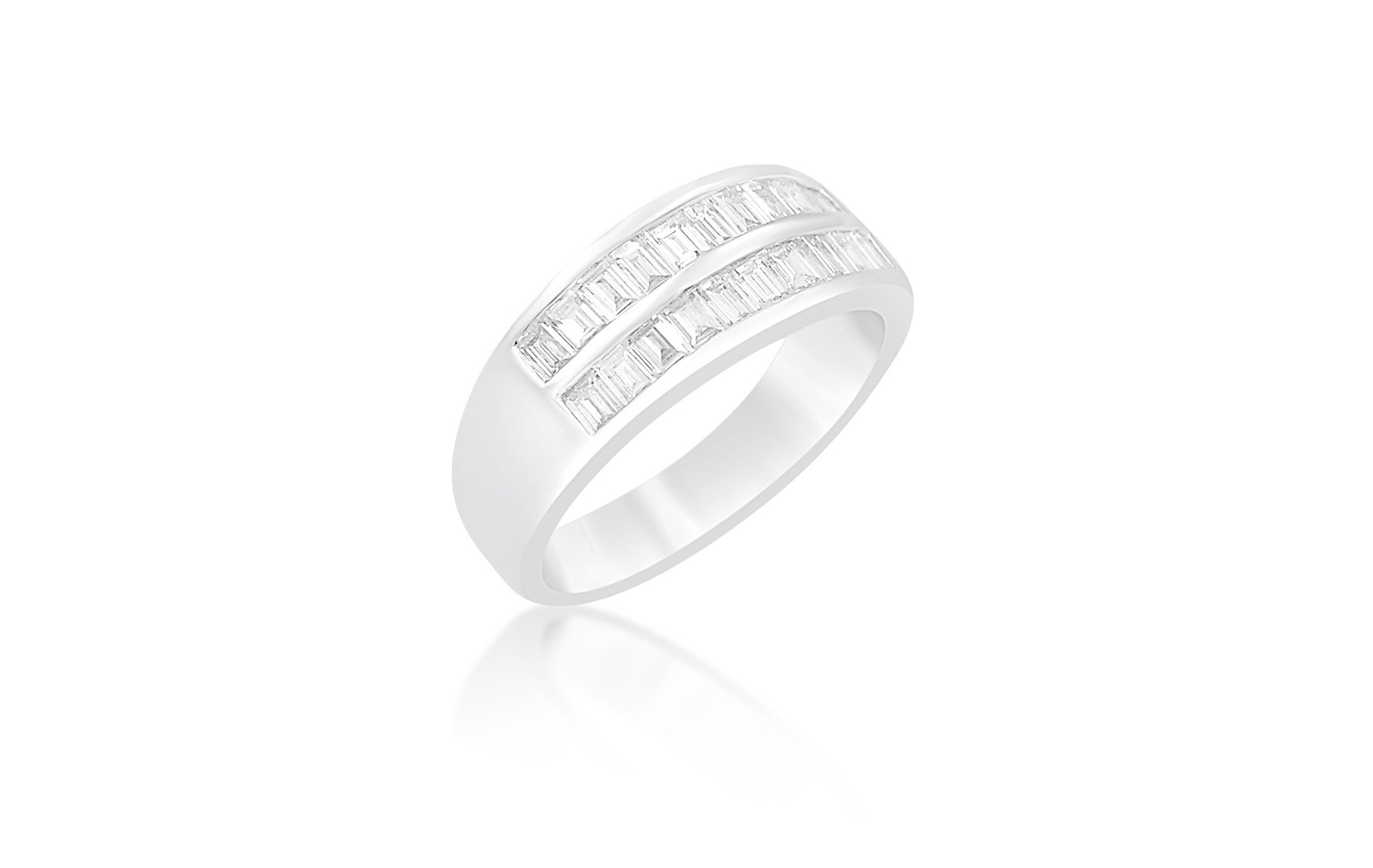 18kt white gold ring with 0.52 CT diamonds