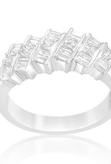 18kt white gold ring with 0.65 CT diamonds