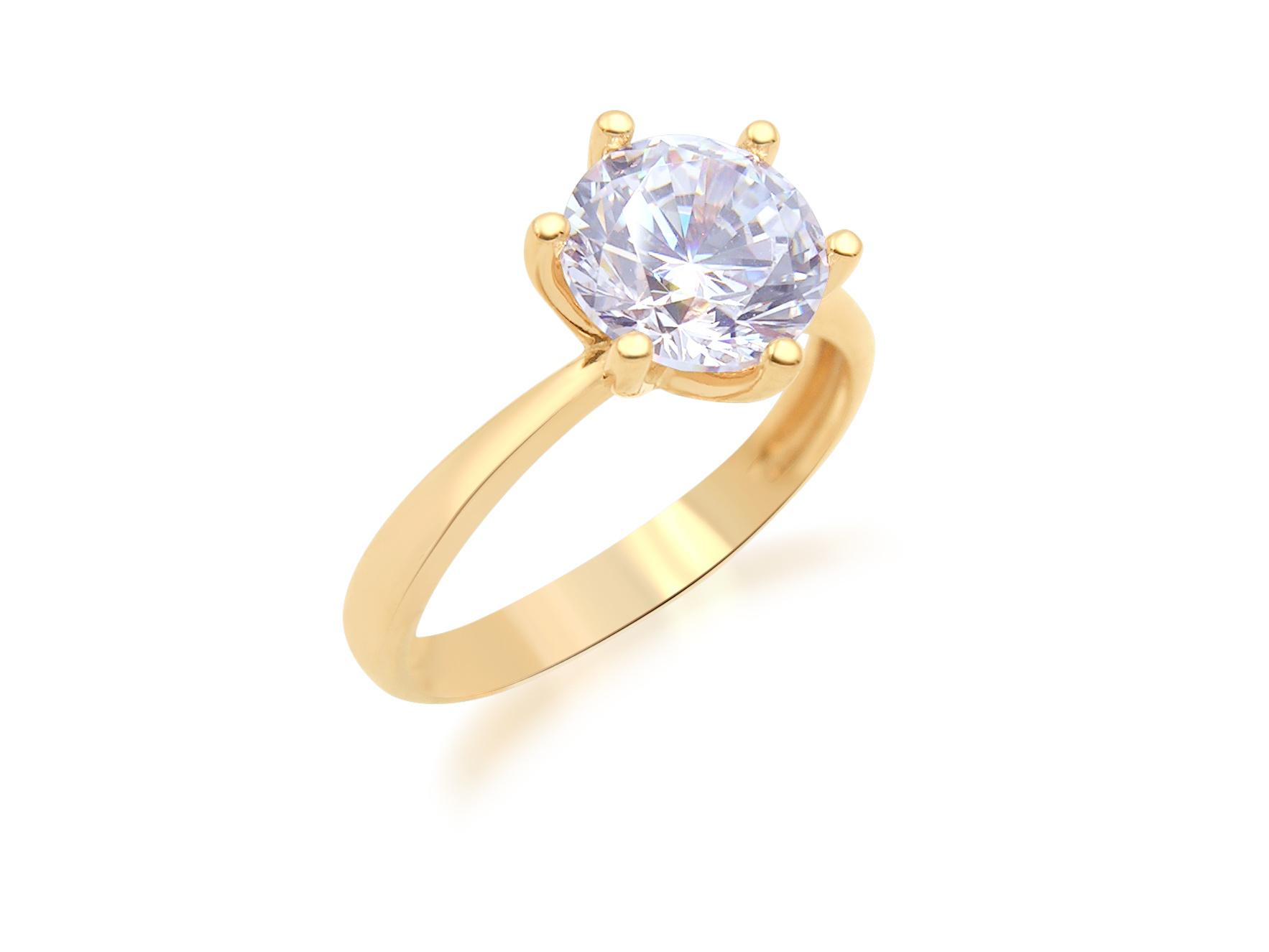 18 karat rose gold engagement ring with zirconia