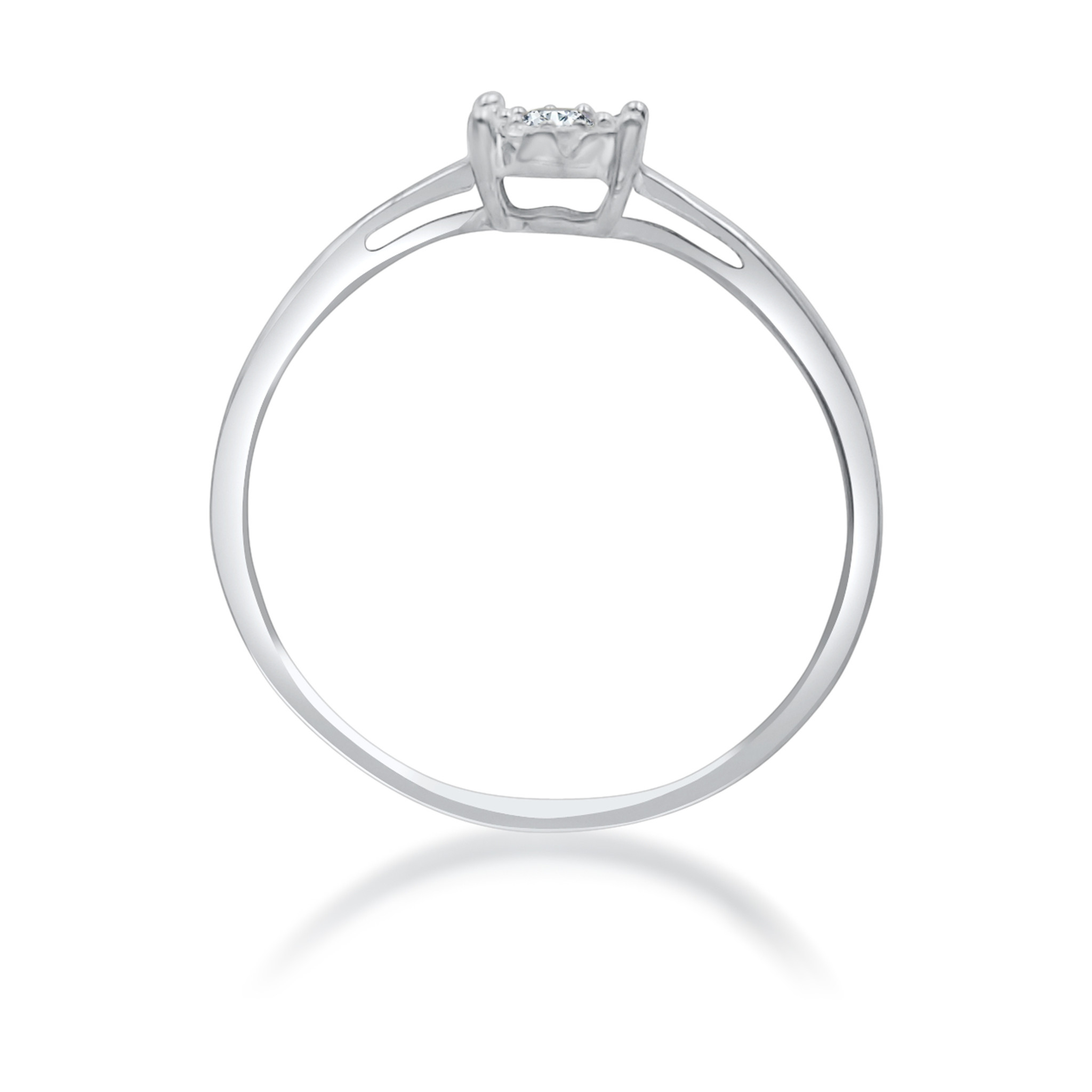 18kt white gold engagement ring with 0.15 ct diamonds