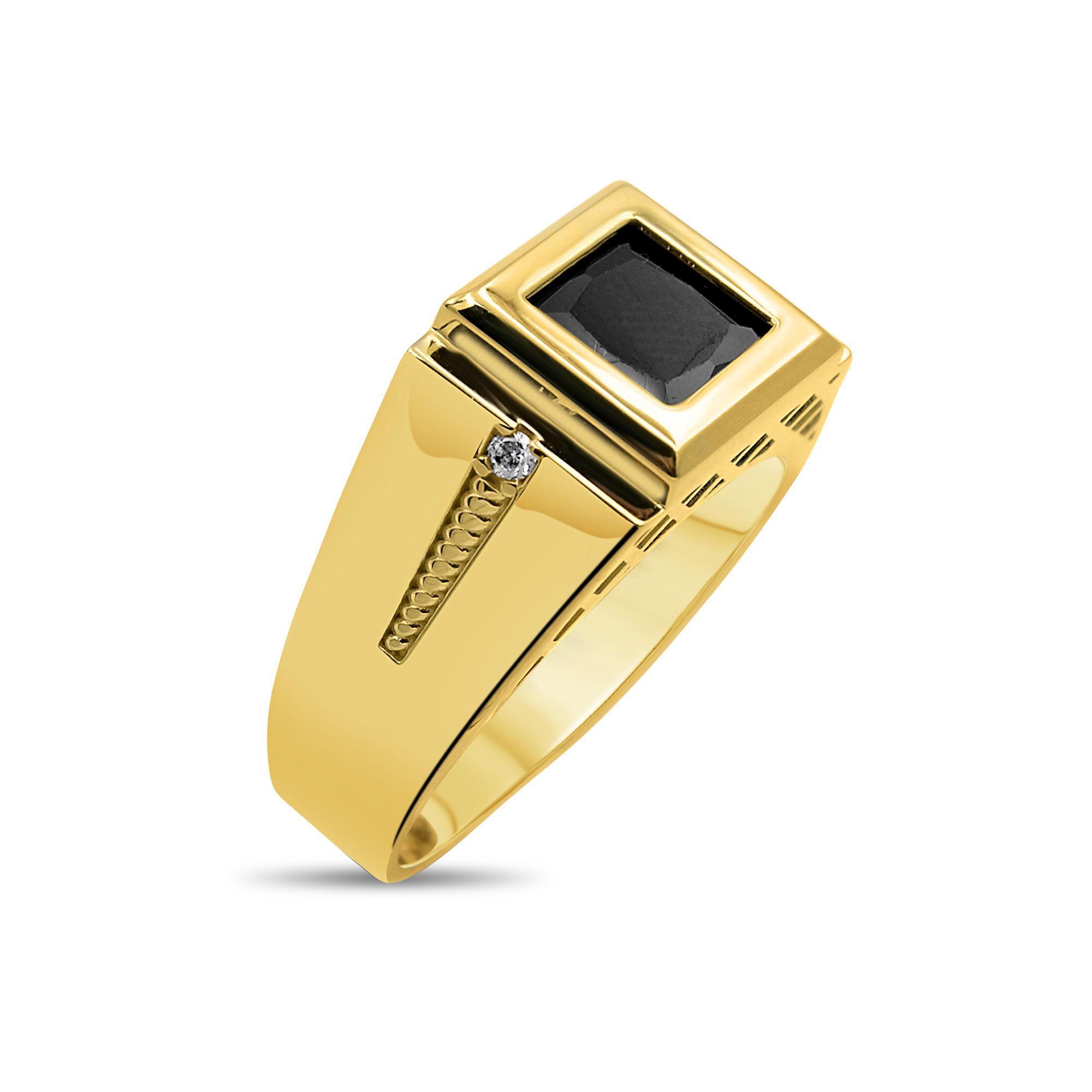 18 kt yellow gold men's ring with onyx & zirconia