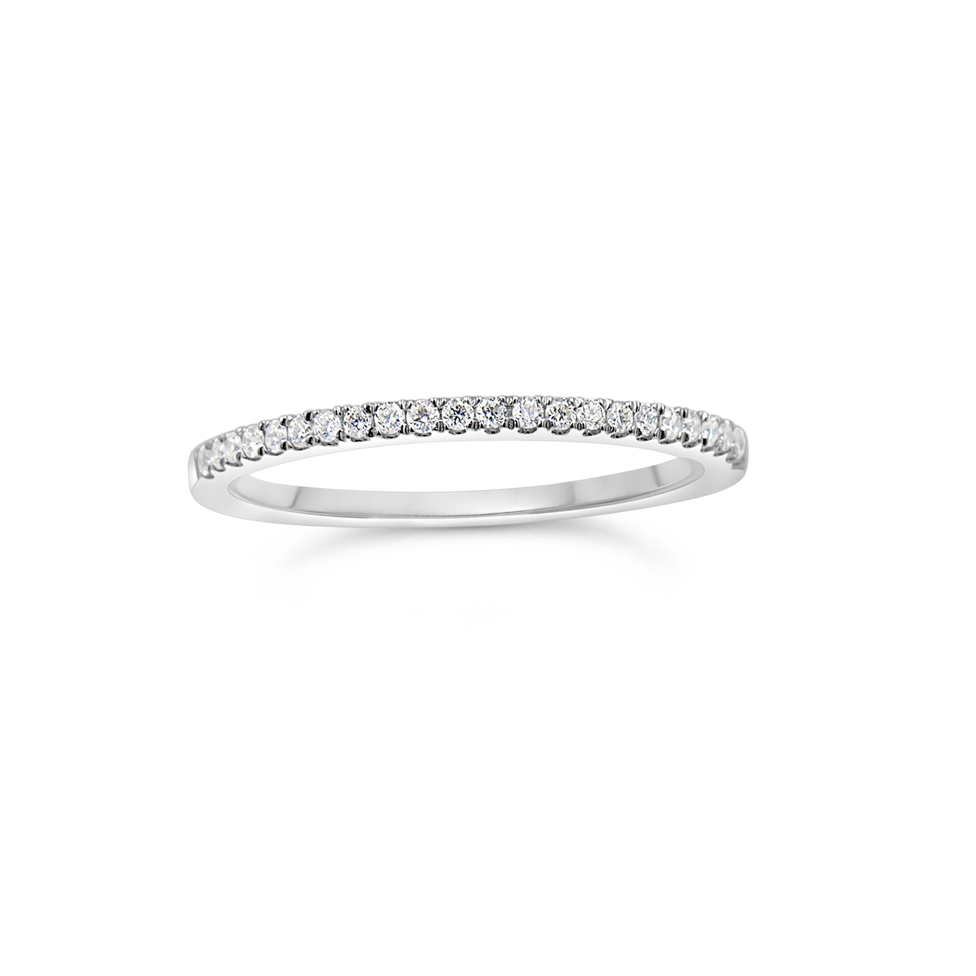 18k white gold ring with 0.15 ct diamonds