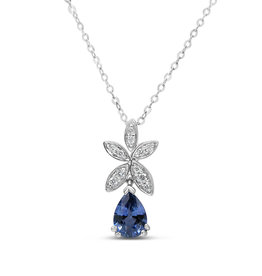 18kt white gold pendant with 0.10 ct diamonds & 0.50 ct sapphire