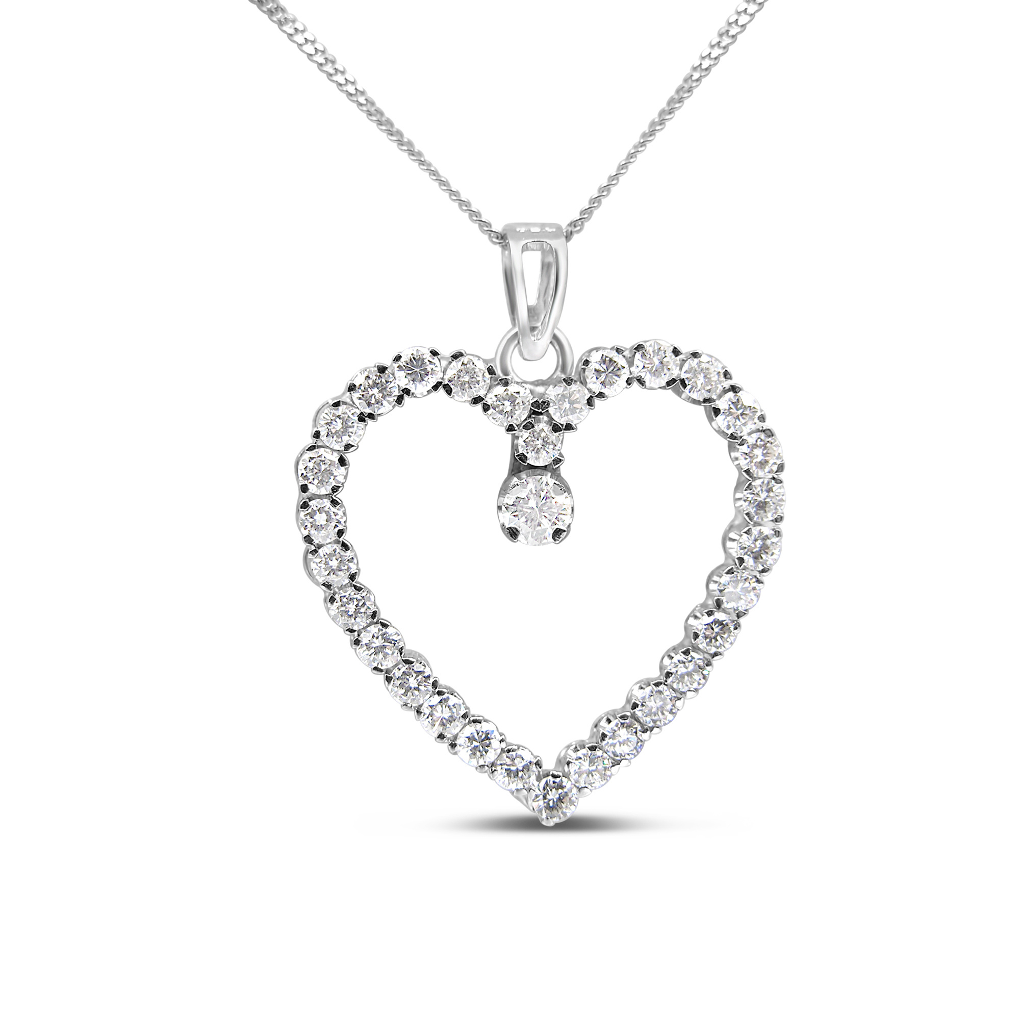 18kt white gold heart pendant with 2.12 ct diamonds