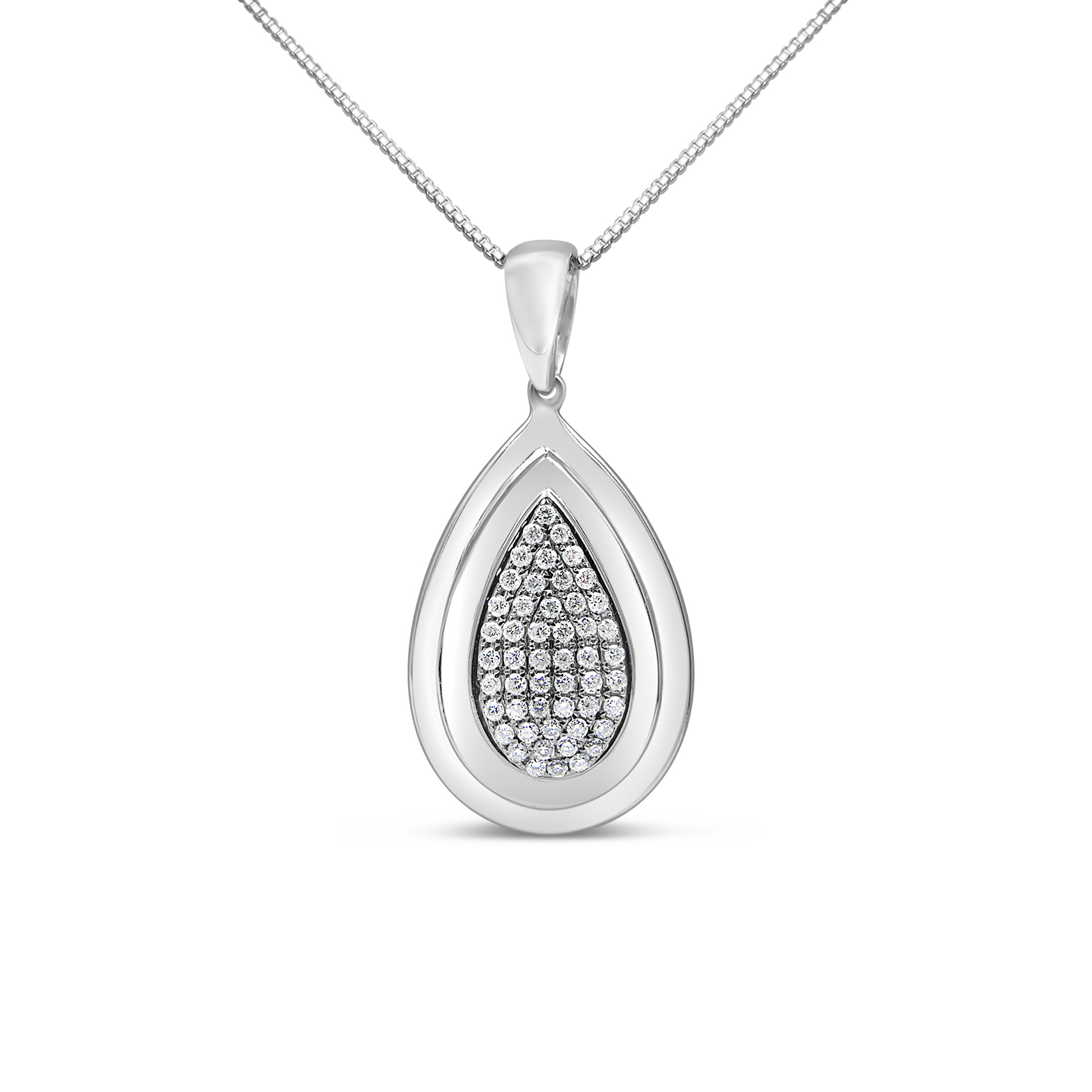 18kt white gold pendant with 0.50 ct diamonds