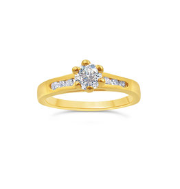 18kt yellow gold engagement ring with 0.70 ct diamonds