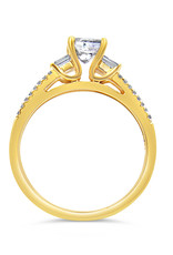 18kt yellow gold engagement ring with 1.07 ct diamonds