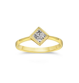 18kt yellow gold engagement ring with 0.21 ct diamond