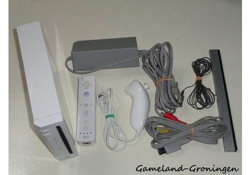 Nintendo Wii with Controller, Nunchuk & Wiring (White)