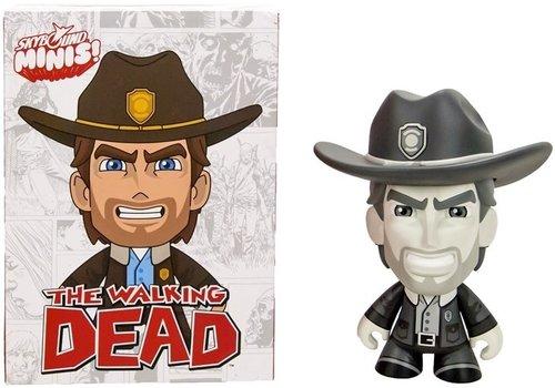 The Walking Dead - Skybound Mini Rick Figure 18 x 25 cm