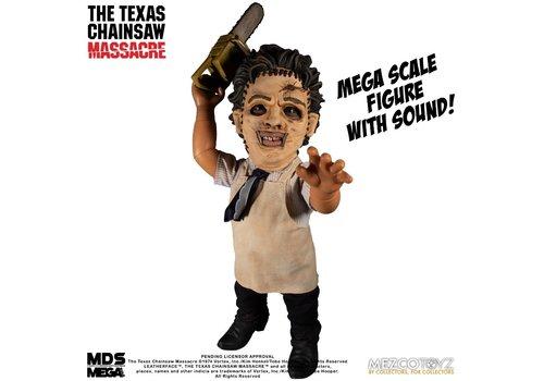 The Texas Chainsaw Massacre - Mega Scale Leatherface Talking Action Figure