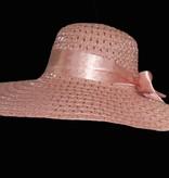 roze hoed met lint