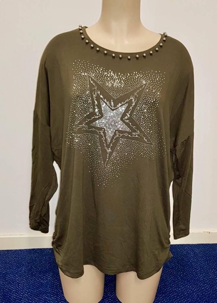 Shirt met ster en diamantjes - groen