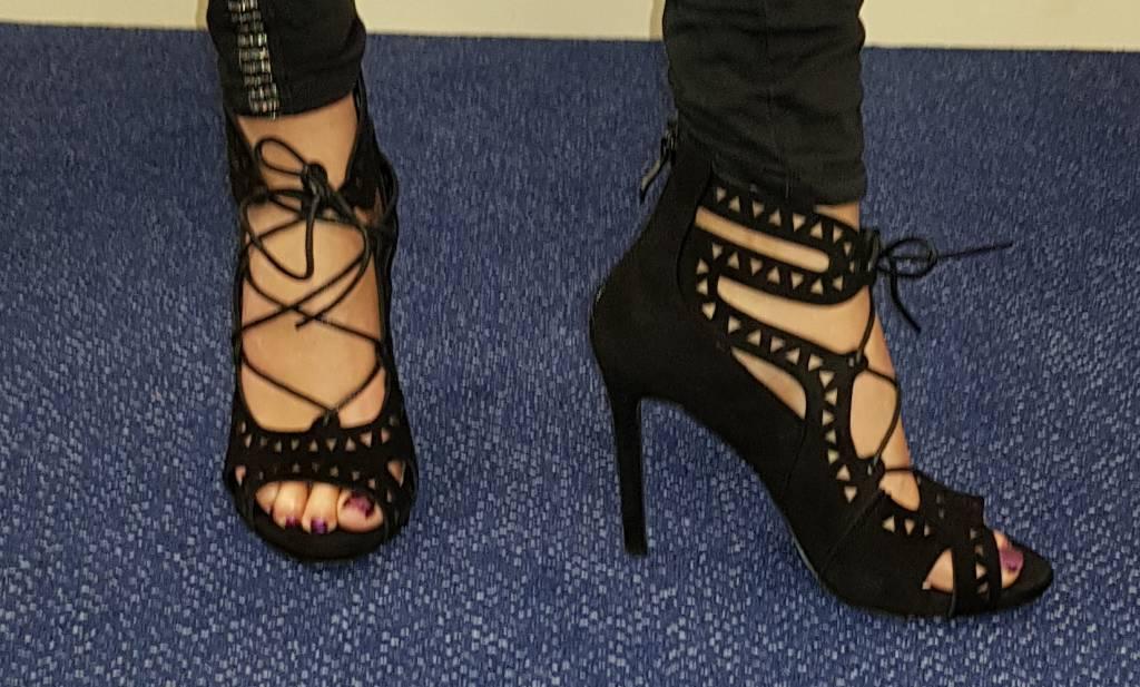 Sandalen met naaldhak - zwart