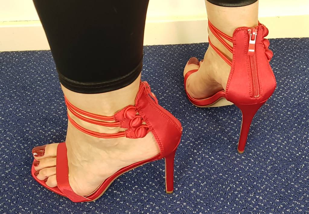 Sandalen met hoge hak - rood