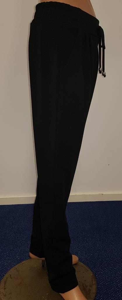 Zwarte broek met koord