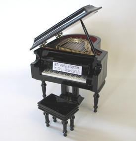 Zwarte Grand Piano