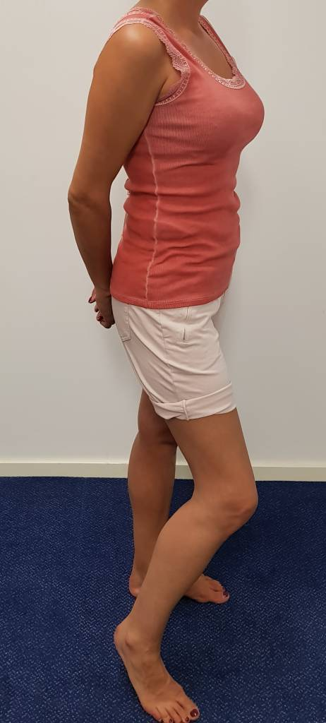 Triple Nine mouwloze top - roze