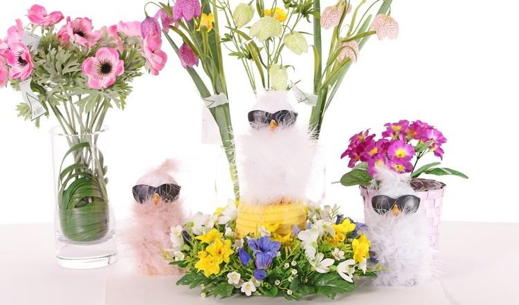 Coole Küken mit Sonnenbrille und Federn, 1 Set je 3 Stck.