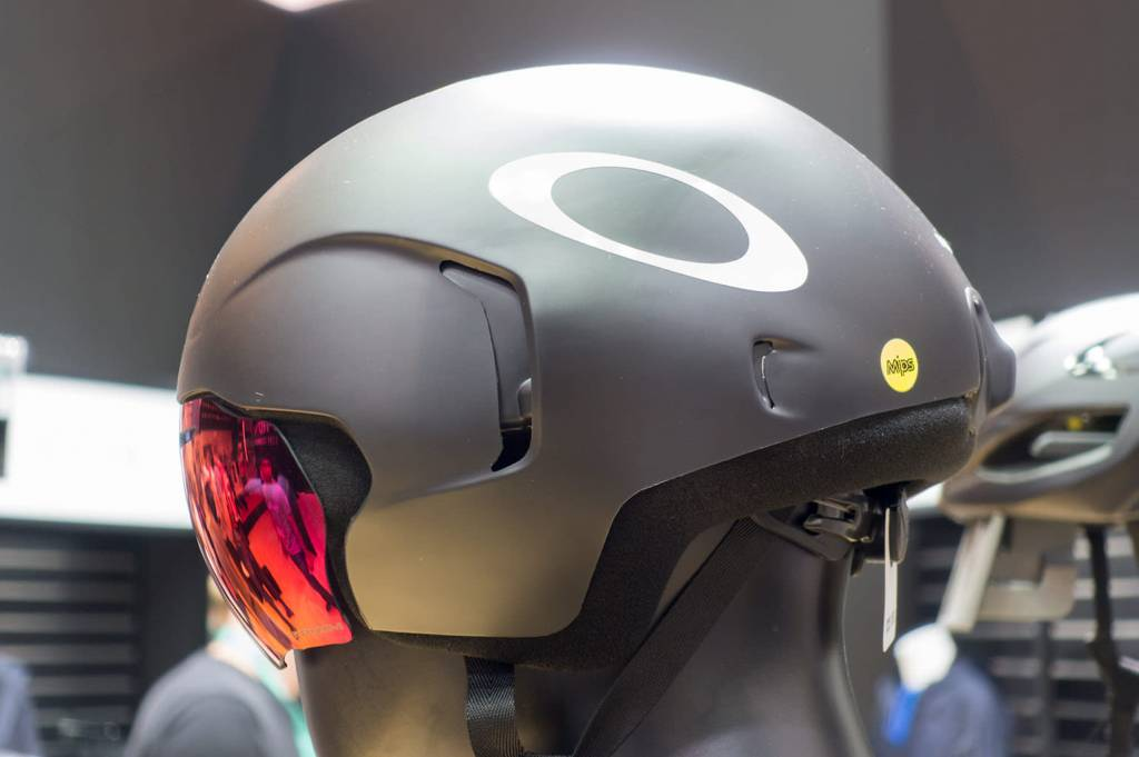 ea5ad561ba Oakley Aro7 Helmet with Visors - The Triathlon Shop