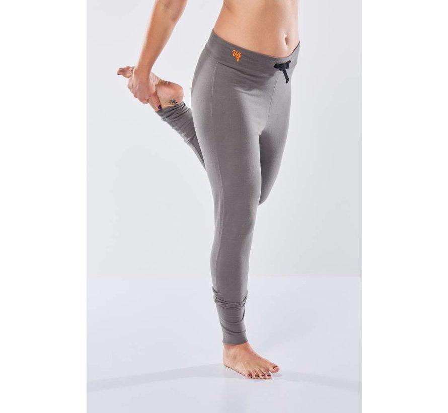 Yoga Broek Life is a Dance Volcanic Glass