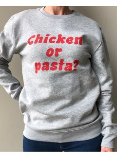 Chicken or Pasta Sweater Chicken or Pasta - Grijs en Rode Opdruk