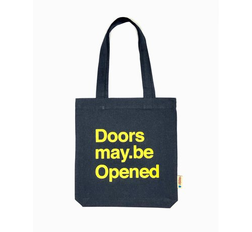Chicken or Pasta Chicken or Pasta Navy Tote Bag met opdruk Doors may be Opened
