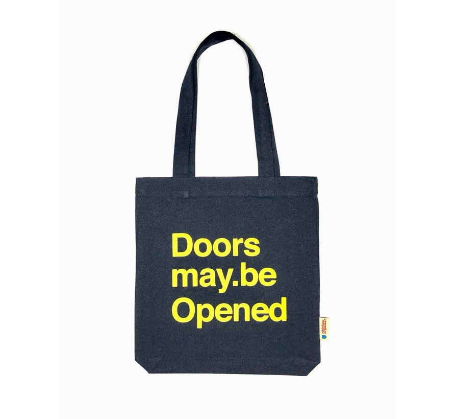 Chicken or Pasta Navy Tote Bag met opdruk Doors may be Opened