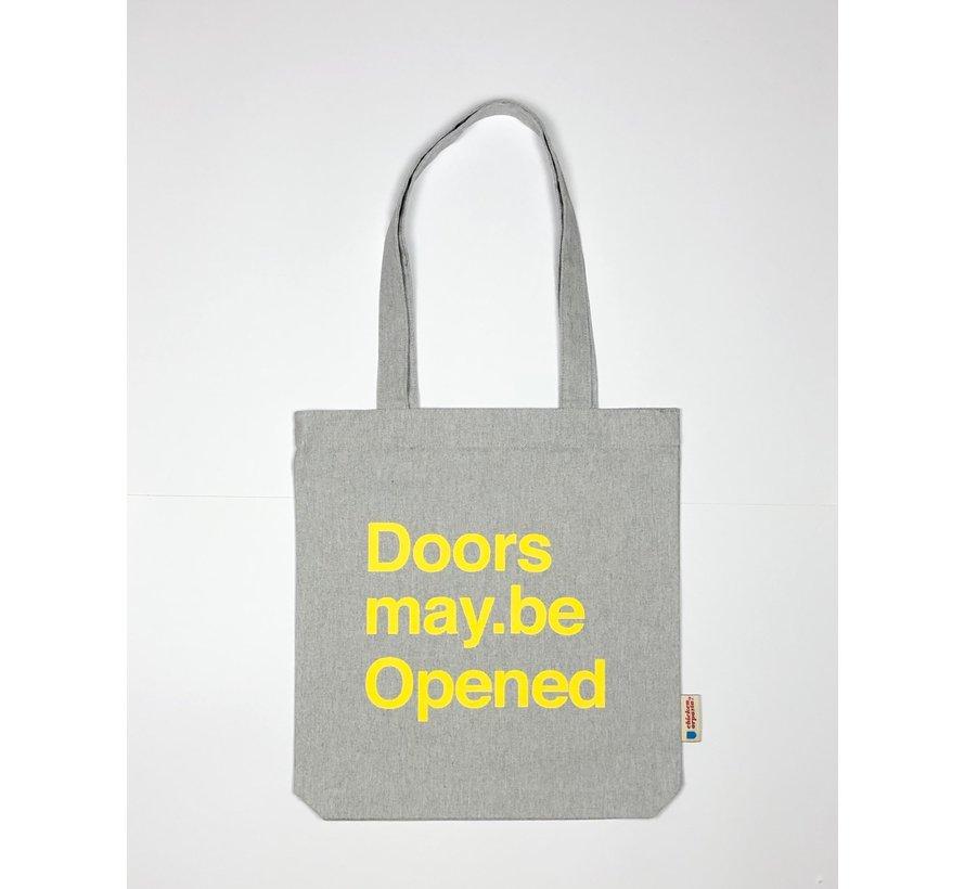 Chicken or Pasta Grijze Tote Bag met opdruk Doors may be Opened