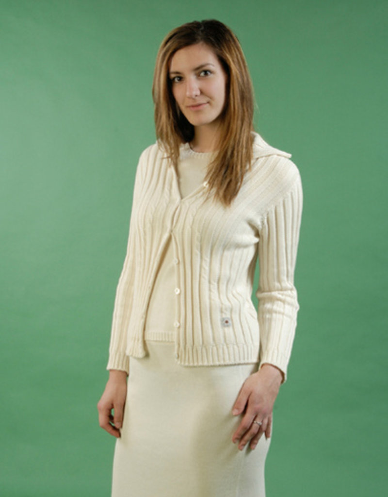 Plain and straight skirt for woman