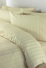 Juego de sábanas de rayas.