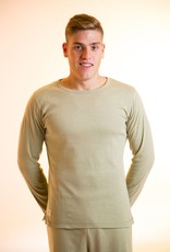 Camiseta hombre con cuello redondo y manga larga.