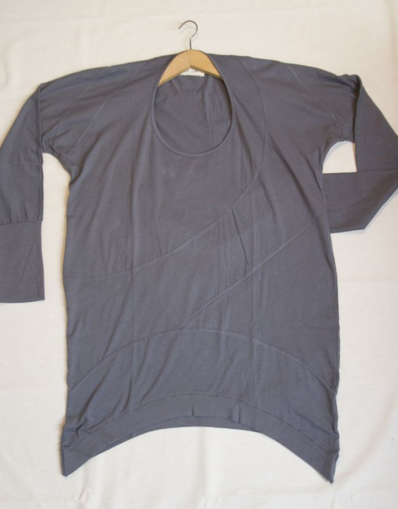 Jasmine asymmetric longsleeve shirt
