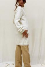 Sueter junior con capucha. Tallas 8, 10, 12 años.